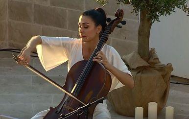 Ana Rucner - 1