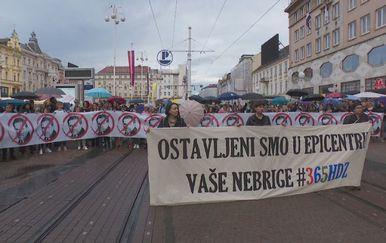 Prosvjed naziva Zagreb u epicentru - 1