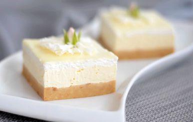 Bijeli kolač bez pečenja