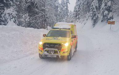 Intervencija hitne u Gorskom kotaru (Foto: Hitna medicinska pomoć Primorsko-goranske županije) - 3