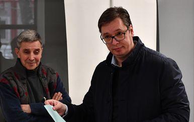 Aleksandar Vučić na biralištu (Foto: Pixell)