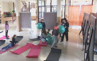 Škola u Babinoj Gredi nema dvoranu za tjelesni (Foto: Dnevnik.hr) - 2
