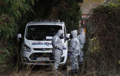 Forenzičari (Foto: AFP)