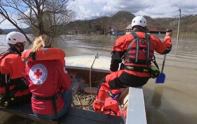 Poplave uzrokuju probleme diljem zemlje (Foto: Dnevnik.hr) - 1