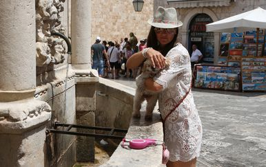 Vrućina u Dubrovniku (Foto: Zeljko Lukunic/PIXSELL)