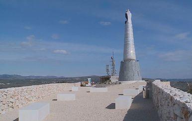 Stopirani radovi oko spomenika Gospe Loretske (Foto: Dnevnik.hr) - 2