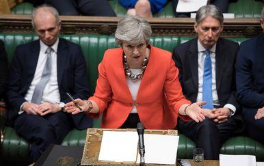 Theresa May u parlamentu (Foto: AFP)
