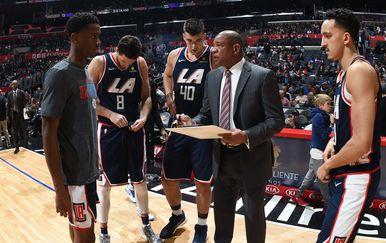 Doc Rivers s igračima Clippersa (Foto: AFP)
