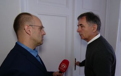 Mislav Bago s Miloradom Pupovcem (Foto: Vijesti u 17)