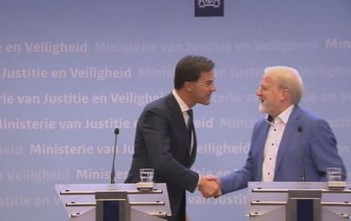 Marc Rutte i rukovanje - 3