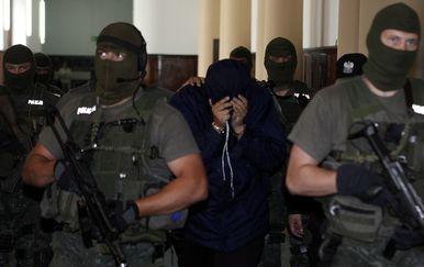 Poljski specijalci privode agenta Mossada (Foto: AFP)