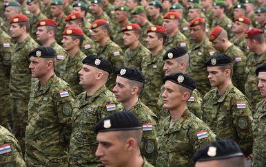 Hrvatski vojnici (Foto: Pixell)