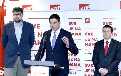SDP-ovci na konferenciji (Foto: Pixell)