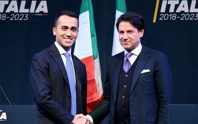 Luigi Di Maio i Giuseppe Conte (Foto: AFP)