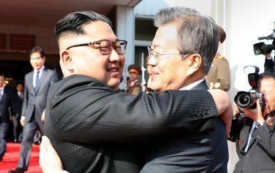 Moon Jae-in i Kim Jong-un (Foto: AFP)