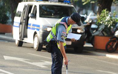 prometna nesreća (Ilustracija: Hrvoje Jelavic/PIXSELL)