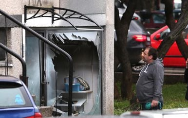 Eksplozija plina u splitskoj pizzeriji (Foto: Miranda Cikotic/PIXSELL) - 2