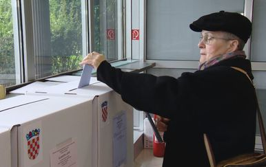 Glasanje na izborima za predstavnike nacionalnih manjina (Foto: Dnevnik.hr) - 1
