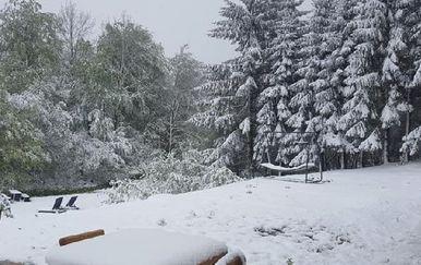 Snijeg na Plitvicama (Foto: GlasGacke.hr)