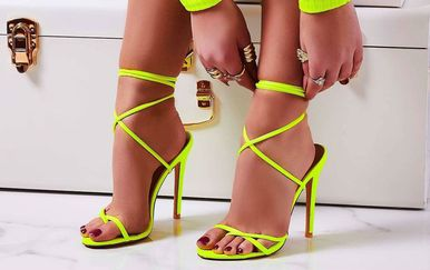 Sandale s visokom potpeticom na vezanje iz trgovina 2019. - 6