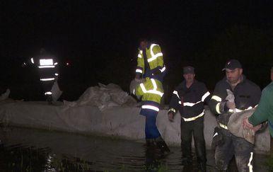 Obrana ugroženih područja od poplava (Foto: Dnevnik Nove TV)