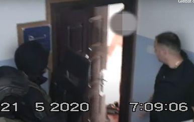MUP objavio snimku akcije uhićenja dilera