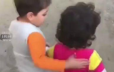Dječak zlatnog srca se pobrinuo da mu prijateljica ne gladuje (FOTO: YouTube/Screenshot)