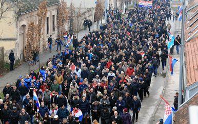 Vukovar ''Kolona sjećanja'' (Foto: Davor Javorovic/PIXSELL)