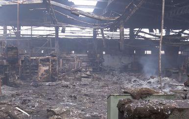 Vatra progutala tvornicu (Foto: Dnevnik.hr) - 1