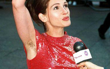Julia Roberts je 1999. godine na crvenom tepihu pokazala dlakave pazuhe