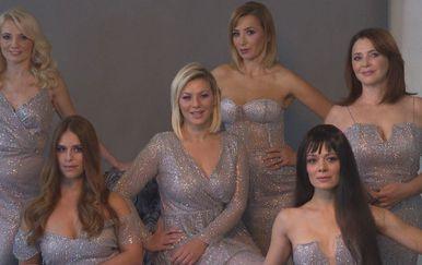 Domaće glumice zabljesnule poput pravih modela na snimanju blagdanske kampanje (Foto: Dnevnik.hr) - 3