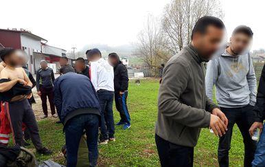 Migranti u Velikoj Kladuši (Foto: Dnevnik.hr) - 3