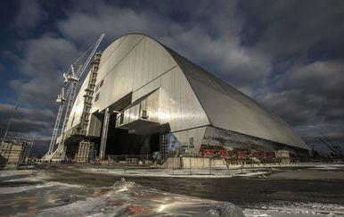 Zaštitni štit oko reaktora 4. nuklearne elektrane u Černobilu (Foto: Arhiva/AFP)