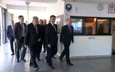 Premijer Plenković u Rijeci (Video: Vijesti u 17 h) - 5