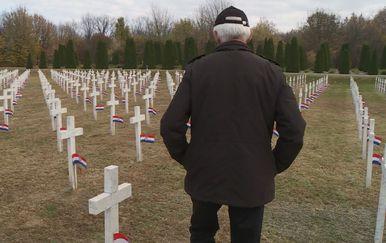 Vukovarsko groblje (Foto: Dnevnik.hr)