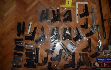 Zaplijenjeno oružje, ilustracija (Foto: MUP)