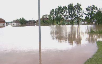 Poplava u Županjskoj Posavini 2014. godine (Foto: Dnevnik.hr) - 3