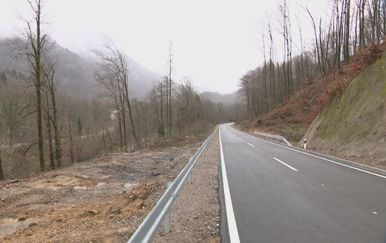 Cesta između Čabra i Delnica (Foto: Dnevnik.hr) - 3