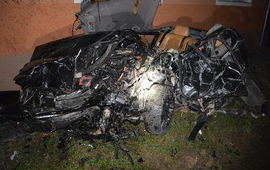 Teška prometna nesreća kod Pleternice (Foto: Policijska uprava brodsko-posavska)