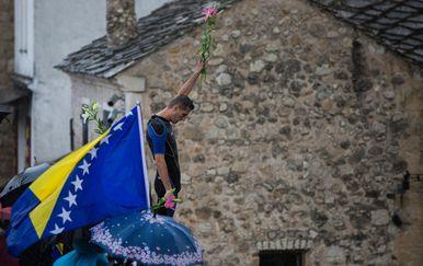 Godišnjica rušenja Starog mosta u Mostaru (Foto: Denis Kapetanovic/PIXSELL) - 1