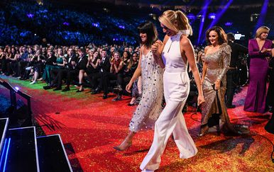 Claudia Winkleman, Tess Daly, voditeljice showa Strictly Come Dancing