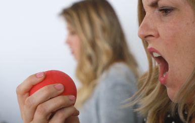 S oštrim vidom raspoznajete jabuku od antistres loptice