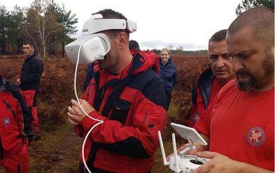Potraga dronom (Foto: HGSS Gospić)