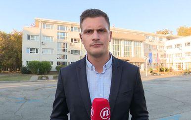 Dino Goleš izvještava o stanju nakon eksplozije iz Slavonskog Broda (Foto: Dnevnik.hr)