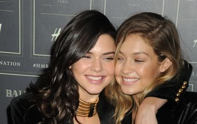 Kendall Jenner i Gigi Hadid (Foto: Van Tine Dennis/Press Association/PIXSELL)