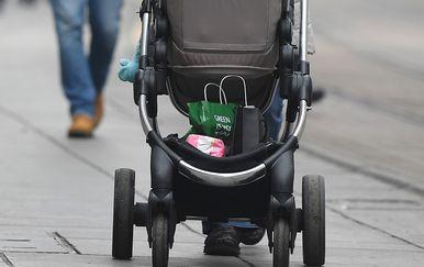 Dječja kolica (Foto: PIXSELL/Marko Lukunić)