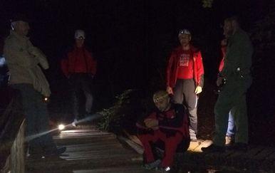 Noćna akcija spašavanja na Plitvicama (Foto: HGSS Gospić)