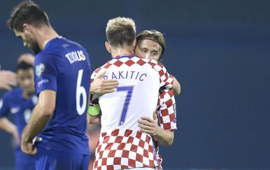 Luka Modrić i Ivan Rakitić (Photo: Sanjin Strukic/PIXSELL)