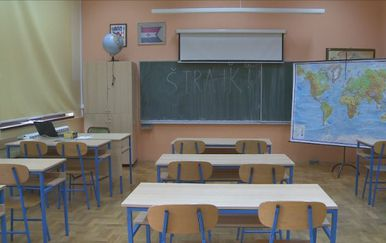 Prosvjetari ne odustaju od štrajka (Foto: Dnevnik.hr) - 4