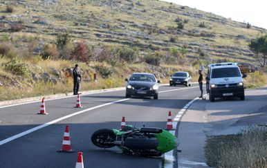 U nesreći kod Šibenika poginuo motociklist (Foto: Dusko Jaramaz/PIXSELL) - 7